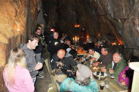 ROMSÅSEN: Den nye gildehallen i gruvene ble innvilget med en egen folkefest i fjor.