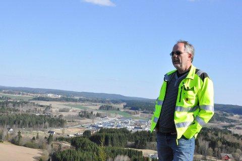 JOBBER MED LØSNINGER: Det boligsosiale arbeidet i Eidsberg kommune står sentralt, og det jobbes med å finne gode løsninger for fremtidige utfordringer, forklarer Knut Bergersen.