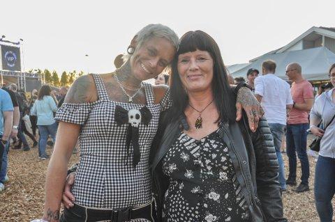 Gode venner: Linda Ville Ruud (43) og Frøydis Åle (52)