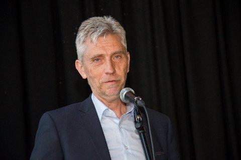 FRIVILLIG: Banksjef Rune Hvidsten understreker at det er helt uaktuelt med oppsigelser.