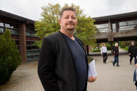 BEKYMRET: Kenneth Sirevåg (H) liker ikke tanken på at Marker kommune trolig må bruke eiendomsskatten til å drifte kommunen. ARKIVFOTO