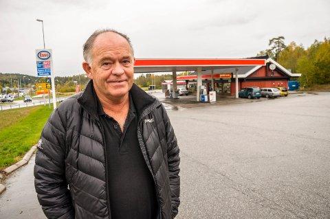 Thor Anders Gjulen selger Esso Ramstadkrysset