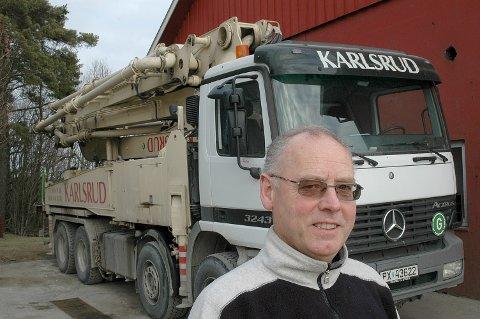 Betongmillionær: Kjell Tore Karlsrud startet firmaet i 1986. Nå har han en formue på over 19 millioner kroner og er blant dem i Skiptvet som tjente mest i fjor.