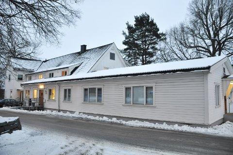 Prestenggata 4 i Askim rommer i dag BUP (barne- og ungdomspsykiatrisk). Bygget har fått en verditakst på 4.450.000 kroner