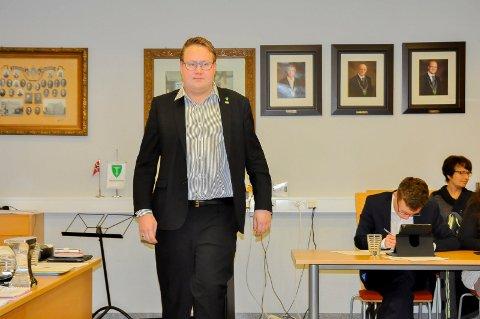 Blir sarping: Høyre-politiker Christian Granli lover å farge Sarpsborg mer blå når han flytter til byen.- Jeg kan jo bli ambassadør for Indre Østfold også, legger han til med et glimt i øyet.