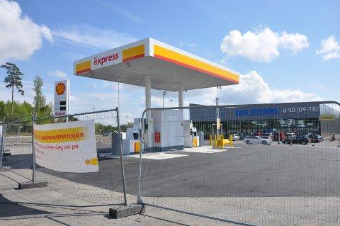 ÅPNER SNART: Shell Norge venter bare på grønt signal fra Eidsberg kommune.