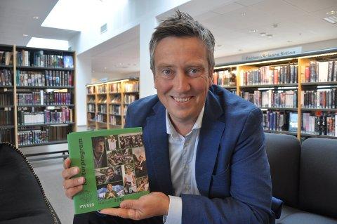 Debatt: Kultursjef Knut Olav Brekklund Sæves åpner for diskusjon. – Det er viktig å sette søkelys på bøker som blir stoppet eller sensurert, sier han.