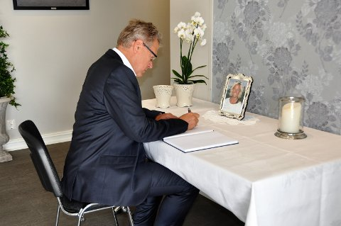 ORDFØRER I SORG: Vibekes bortgang har gått hardt inn på Eidsberg-ordfører Erik Unaas. Han har mange gode minner som han tar med seg videre.
