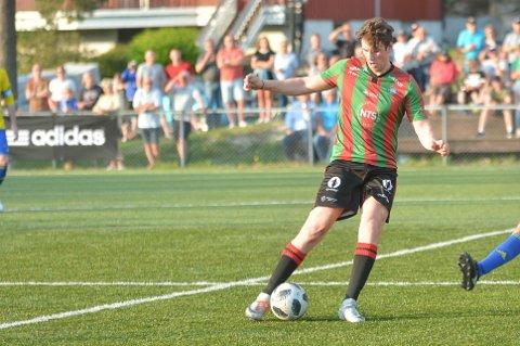 HJALP IKKE: Terje Hellan scoret for Ørje, men det hjalp ikke. Ørje gikk på et nytt tap borte mot Varteig mandag kveld. Kampen endte 3-2 til hjemmelaget.