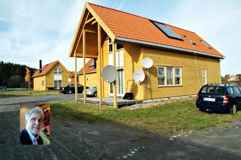 PLANLEGGER BOLIGER: Husene ligger idyllisk til ikke langt fra Glomma.