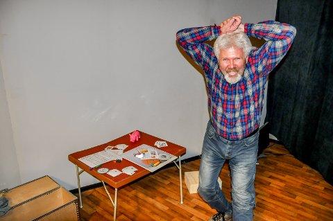 Eric Torsøe er en leken kar. Nå satser han for fullt på Escape Room. Frem mot jul kan folk prøve å knekke kodene Torsøe har lagt opp på Morenen kjøpesenter.