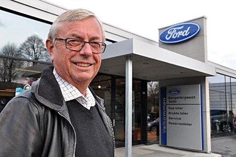 Øyvind Gimmingsrud (72) får en fin inntegnet som daglig leder for Bergerkrysset Auto i Mysen. I tillegg får han pensjon fra staten, noe som fører han til topps for skattbar inntekt blant daglige ledere for bilforretninger i Indre Østfold.
