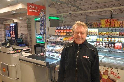 """Oddleif Aaram er strålende fornøyd med at Spar på Ringvoll vil få """"Post i butikk"""""""