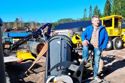 Steinar Bergquist  og Bergquist Maskin og Transport as får kontrakt med Statens vegvesen om drift på IØ-veiene.