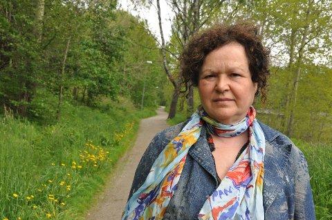 SKREMMENDE: Rosa da Silva gikk langs Solberfosslinna da en syklist stoppet like foran henne gjentatte ganger.