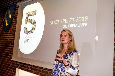 SOLGTE INN: Helene Rødseth sitter i interimstyret for Soot-spelet. Hun solgte inn spelet på beste måte for kommunestyrerepresnetantene.