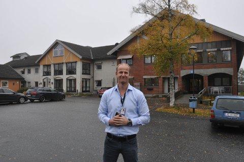 Kenneth Johannessen, kommunaldirektør for helse og velferd opplyser at det blir gjenåpning av fem langtidsplasser i januar.