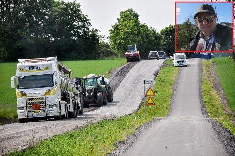 Det gjøres arbeid på Lyserenveien eller Fylkesvei 122 i disse dager. Det fikk bilen til Knut-Erik Wattum (innfelt) merke da han onsdag kjørte over veien.