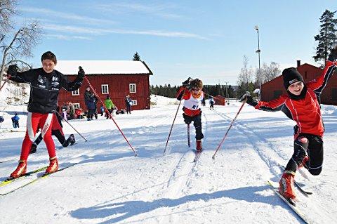 INGEN SNØPRODUKSJON: Skal det bli skiløyper på Høytorp fort denne vinteren må det komme mer natursnø. For kunstsnøproduksjon blir det ikke.