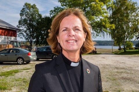 Kvinnelig biskop?: Tidligere prost i Eidsberg, Elisabeth Yrwing Guthus, er foreslått som kandidat til å overta etter Atle Sommerfeldt.