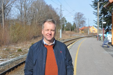 Ordfører Saxe Frøshaug er spent på om det kommer mer som vil glede indre østfodingene i Nasjonal Transportplan  fredag.
