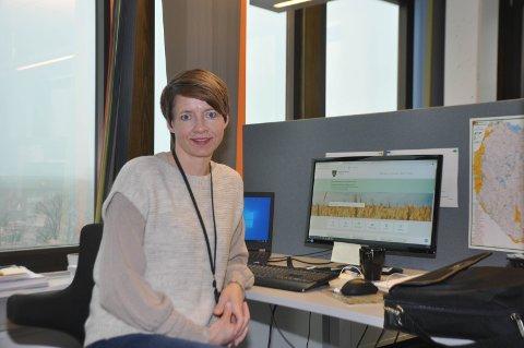 OPPDATERT: Kommunikasjonssjef Mimi Kopperud Slevigen i Indre Østfold kommune sørger for å holde innbyggerne oppdatert på Covid 19-situasjonen via kommunens hjemmeside.