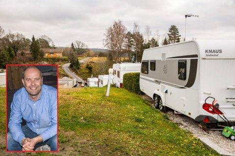 Morten Jaavall (innfelt) har holdt driften av campingplassen i gang under koronapandemien. ARKIV