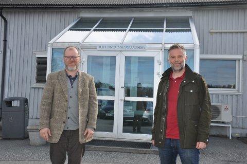 Lundebygruppen, her med daglig leder Helge Gabriel Lundeby (t.v.) og produksjonssjef Thomas Bratli vokser ytterligere.