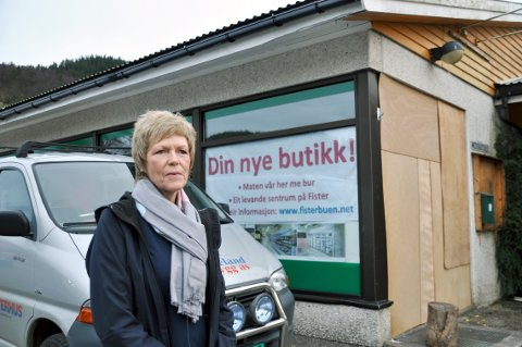 Anne Marie Espeland ønskjer fisterbuen og andre velkomne til ny butikk i slutten av februar.