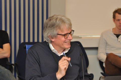 POSITIV: Gottfried Heinzerling fekk i oppdrag å forhandla vidare med Hjelmeland kommune.