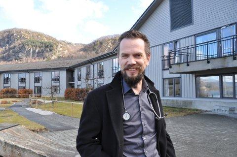 KOMMUNEOVERLEGEN: Bjarte Sørensen setter pris på at folk takker ja til vaksinen og at de er tålmodige.