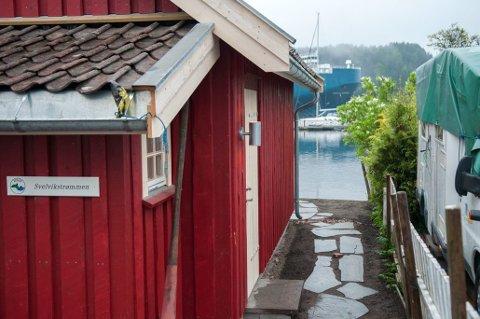 Kystledhytta i Svelvik ligger idyllisk til i Øvre Svelvik.