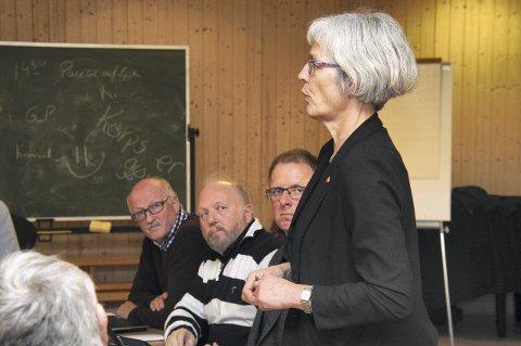 TODELT: Fra nyttår kommer Olav Kasland og resten av de ansatte i Bø kommune til å se halvparten så mye av Åse Egeland som de gjør nå.