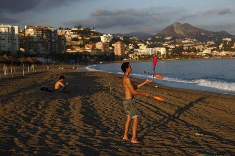 HYTTELIV: Nordmenn med penger til overs investerer nå i fritidsboliger i Spania. (Foto: Jon Nazca, NTB scanpix/ANB)