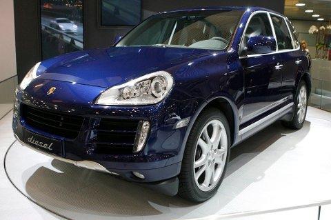 Luksusbiler som Porsche Cayenne blir atskillig billigere som følge av avgiftsendringene som gjelder fra nyttår. (Foto: Denis Balibouse, NTB scanpix/ANB)