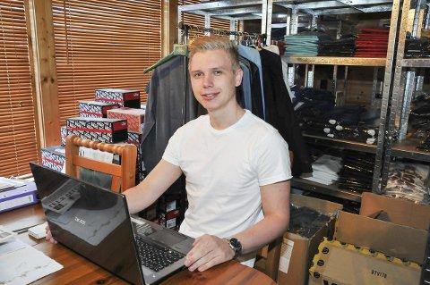 – Mye jobb: – Det er mye jobb, for jeg vil gi god service og jeg må passe på at nettsiden fungerer som den skal, sier Furuheim.