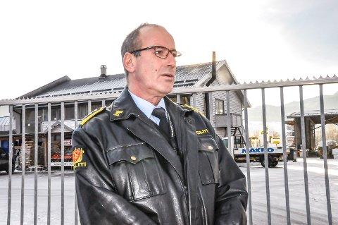 BASKETAK PÅ KOMMUNEHUSET: Politiadvokat Kjell Ove Ljosåk sier mannen i 40-årene gjøv løs på kommunedirektør Per Dehli med knyttede never.