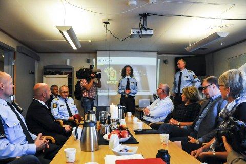 HALLELUJA: Sammenslåingen mellom Bø, Sauherad og Nome lensmannskontor ble gjennomgått i Bø i går. De fleste var fra seg av begeistring for hvor godt det har gått.