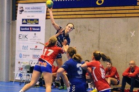 SIKRET POENG: Susanne Pettersen scoret 24 sekunder før slutt og sikret ett Pors-poeng hjemme mot Levanger.