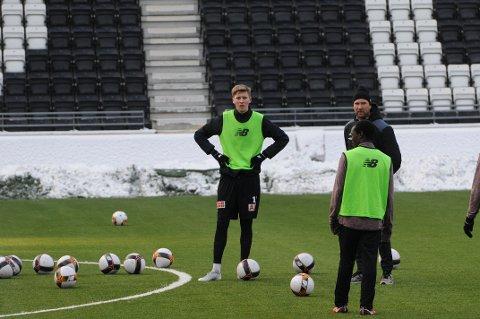 HET: Tobias Lauritsen er blitt en het spiller på overgangsmarkedet i Telemark etter sine scoringer i Pors. Nå trener han igjen med Odd.