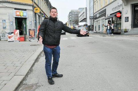 USA-BESØK ER HELT GREIT: - Å besøke Minot i USA er helt greit, sier politiker Tomas Bakken, som også fikk en formidabel omvisning på en militærbase da han gjestet Skiens vennskapsby.
