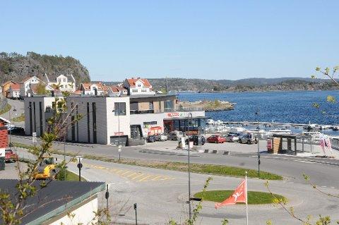 SOLGT: Ivar Tollefsen har gjennomført et storkjøp i Kirkebukta. (Foto: Espen Solberg Nilsen )