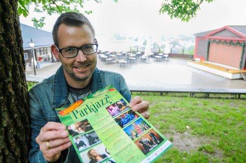 GLEDER SEG: Folkene bak Parkjazz har trukket folk til Brekkeparken i ni år. I år er det 10-årsjubileum og lanserer samtidig Jazzpazz for de som har med seg barn til Parkjazz.