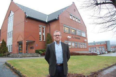 SKAPTE PROBLEMER: Koronapandemien skapte store problemer for sorenskriver Jahn Mydland i Nedre Telemark tingrett, siden alle rettssaker fram til påske ble avlyst.