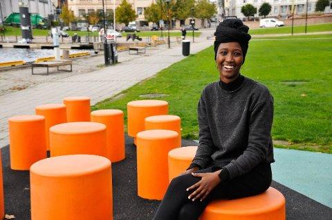 Amina Bile fra Skien er en av de tre «skamløse jentene», som ga ut boka «Skamløs» i fjor høst.