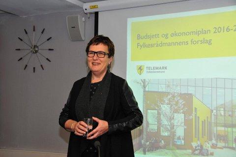 FÅTT BREV: Fylkesrådmann Evy-Anni Evensen har fått et bekymringsbrev fra Utdanningforbundet.