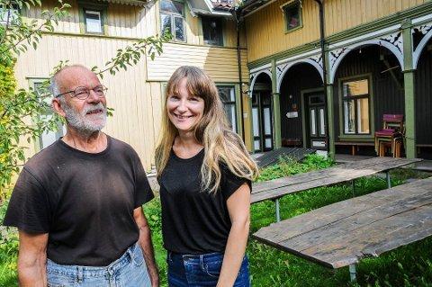 VANT: Jan Feste og Therese Hagen fra Feste Grenland var nominert til «Vegdirektørens pris for vakre veger». De nådde helt til topps.
