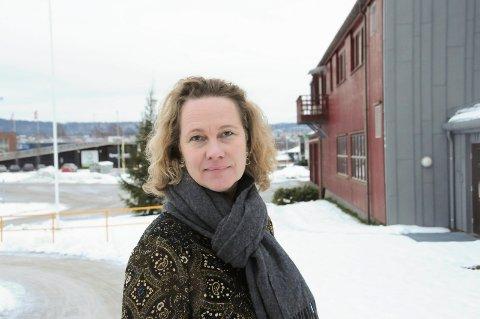 NY SENTRAL: Etter at 110-sentralen er flyttet til Tønsberg, blir Alarmsentralen Telemark et responssenter for mobile trygghetsalarmer og velferdsteknologi. - Mange kommuner har kjøpt inn digitale alarmer, men vet ikke hvordan de skal komme i gang. Vi er et kompetansehus som kan bistå kommunene, sier daglig leder Heidi Sivertsen.