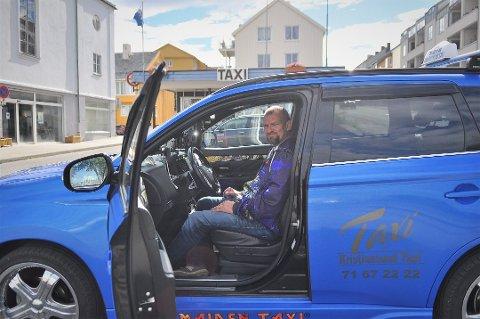 John-Kristian Hjellnes. Iron Maiden-fanatiker og drosjesjåfør. Foto: Henning Hope Rønhovde