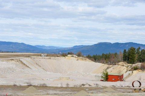 BEVARE HULLET: Skien kommune mener det er best å la området på Geiteryggen ligge slik det er i dag. Men Porsgrunn kommune avgjør hva som skjer i saken.